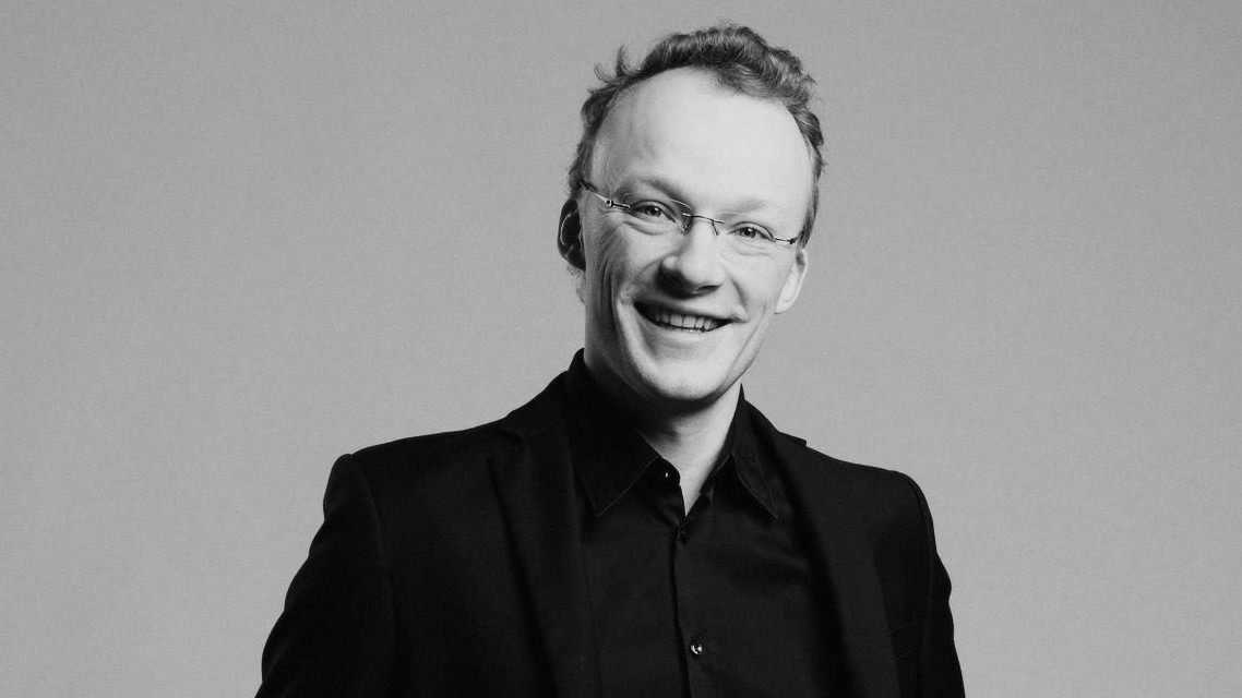 smiling conductor Lauri Haapanen